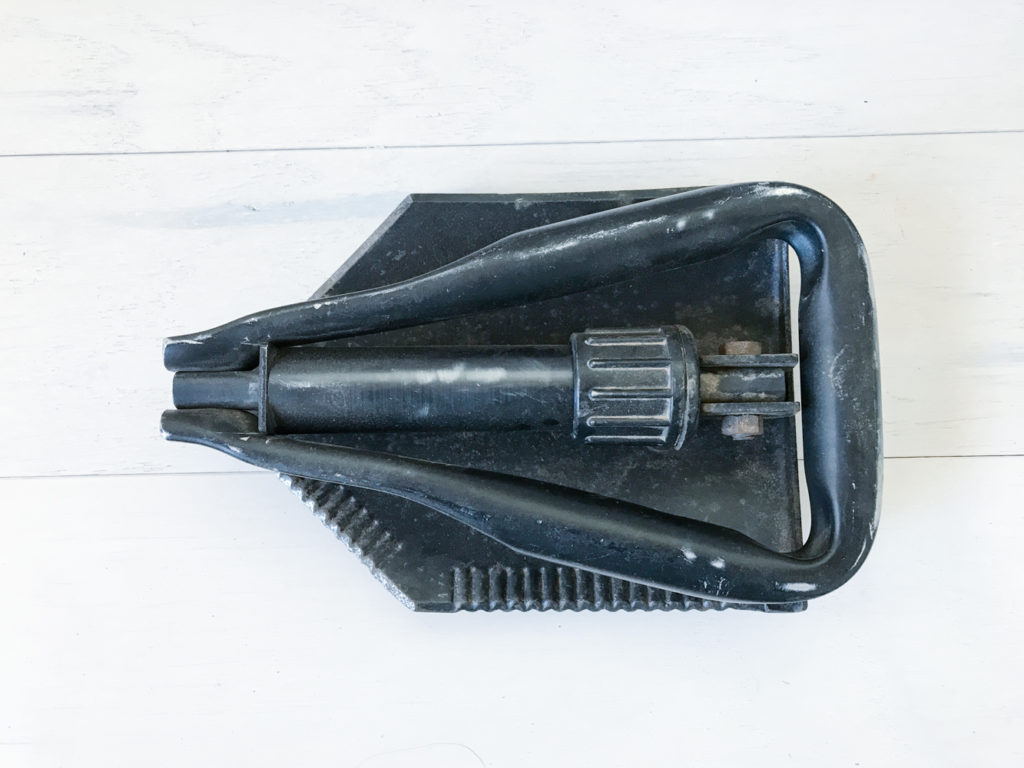 portable folding survival shovel dig, bury. perfect for your vehicle bug-out kit